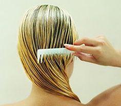 Para que el pelo sufra menos con el desenredado es mejor usar un peine de puas anchas para evitar que se rompa...