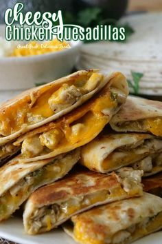 Mexican food recipes 360921357639601040 - Cheesy Chicken Quesadillas are loaded with two types of cheese, deliciously seasoned, cut up, chicken breasts, onions and diced green chilies. Diced Chicken, Chicken Seasoning, Creamy Chicken, Grilled Chicken, Cooking Recipes, Healthy Recipes, Easy Recipes, Kraft Recipes, Cooking Gadgets