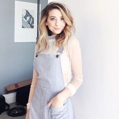 from instagram// i love her outfit and hair   #zoella #zoesugg