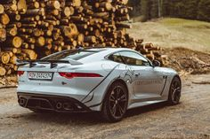 Unique sound, power, elegance, space and more: The Jaguar F-Type is certainly one of the best cars available. Supercars, Duke Bike, Automobile, Aston Martin Db11, Jaguar F Type, Range Rover Evoque, Ferrari 488, Cadillac Escalade, Mercedes Amg