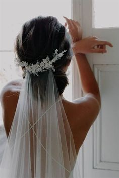Ivory Wedding Veil with Beaded Floral Headpiece-Ivory Bridal Veil-Ivory Veil,Tulle Brides Veil-Wedding Veil with comb- Veils for Brides. Ivory Wedding Veils, Headpiece Wedding, Bridal Headpieces, Wedding Dresses, Bridal Comb, Floral Headpiece, Gold Wedding, Wedding Dress Veil, Wedding Garters