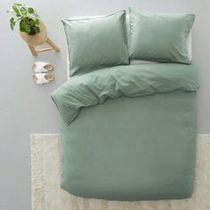Green Bedding, Bed Plans, How To Plan, Studio, Bedroom, Products, Jeans, Twin Cribs, Studios