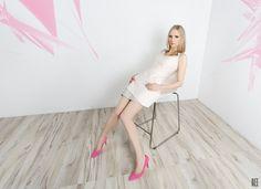Sukienka w kolorze pudrowego różu z szarymi wstawkami. Powder pink dress with grey inset. http://www.bee.com.pl/e-sklep/