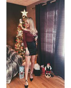 Mia Nowlan Transgender Girls, Tgirls, Christmas And New Year, Crossdressers, Feminism, Blonde Hair, Leather Skirt, Lingerie, Celebrities