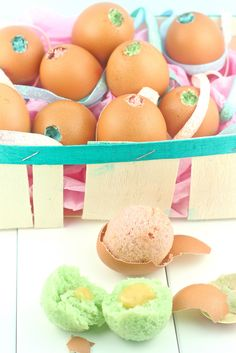 Cake baked inside eggs!  Find out how to make these cute little Easter cakes: www.madewithpink.com/2012/04/cake-baked-inside-easter-egg...