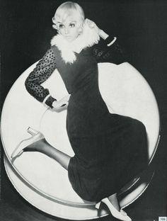 Model Benedetta Barzini 1968 Vogue Italia Photo Giampaolo Barbieri