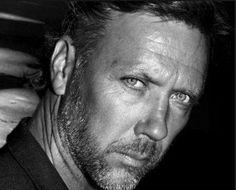 Chronik-Fotos - Mikael Persbrandt Official