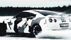 Nissan GTR in snow