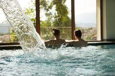 Villa Madruzzo a Trento è un hotel 4 stelle con risotorante aperto tutto l'anno. La struttura dispone di un ampio giardino, un parcheggio privato, un centro benessere con piscina e sale meeting. Composto da due strutture, una storica e una moderna, per soddisfare ogni esigenza.