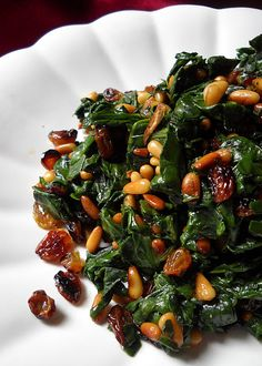 Catalan spinach--ok, easy enough to make at home but if it required a trip to Spain, I'd take it. Tapas Recipes, Nut Recipes, Spinach Recipes, Gourmet Recipes, Cooking Recipes, Healthy Recipes, Cheese Recipes, Shrimp Recipes, Cooking Ideas
