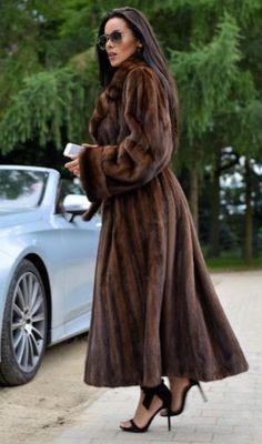 Royal Mink Fur Long Trench Coat classe de Sable Chinchilla Fox veste gilet marron