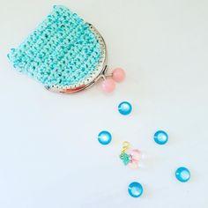 "Alex from Vienna auf Instagram: ""My new 💕 crochet little cute purses 👛 #crochet #crocheting #crochetlove #crochetaddict #crochetastherapy #craftastherapy #crochetgirlgang…"" Cute Purses, Girl Gang, My Bags, Vienna, Crocheting, Unicorn, Beaded Bracelets, Tapestry, Makeup"