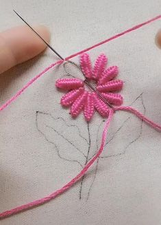 Hand Embroidery Patterns Free, Embroidery Stitches Tutorial, Embroidery Flowers Pattern, Smocking Tutorial, Cross Stitch Flowers Pattern, Types Of Embroidery Stitches, Sewing Stitches By Hand, Cross Stitch Tutorial, Border Embroidery