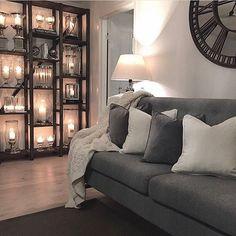 WEBSTA @ carinascasa - ✨wish you all a lovely evening✨with a picture from last year💫✨ønsker dere alle en kjempefin kveld💫her tilbringes dagen på hytta og koser meg med familien. Bildet er ifra i fjor og er vel mitt favoritt bilde av alle jeg har lagt ut her på IG💫 #ninterior #mm_interior #interior9508 #interior4you1 #interior2you #interior4u #interior123 #interior125 #interior_design #interior4all #interior_and_living #interior4you #dekorasyon #shabbyhomes #charminghomes #classyinteriors…