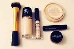 Beauty Box 5 - Gym Makeup   Style Through Her Eyes #beautybox5 #beauty