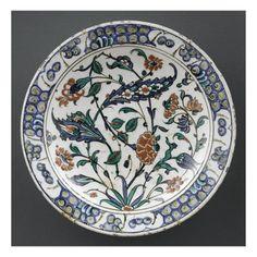 Plat au bouquet et au plumeau - Musée national de la Renaissance (Ecouen)