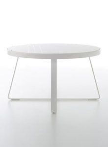Mesa Alta Circular Flat outdoor dining table was designed by Mario Ruiz for Gandia Blasco in Spain.This outdoor round dining table has a durable thermolacquered aluminum frame with polyethylene slats. Glass Round Dining Table, Modern Dining Table, Outdoor Dining, Dining Tables, Modern Outdoor Furniture, Luxury Furniture, Furniture Design, Modular Sofa, Kitchen Cabinetry