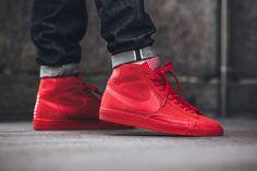 Nike Blazer Mid Millésime Suède Fond Rouge