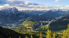 Sulphur Mountain, Banff National Park, Alberta - The payoff for an eight-minute gondola ride up Banff's Sulphur Mountain is views of six Canadian Rockies mountain ranges. Not bad, eh? Heaven Wallpaper, Nature Wallpaper, Uhd Wallpaper, Windows Wallpaper, Computer Wallpaper, Banff National Park Canada, National Parks, Whistler, Vancouver