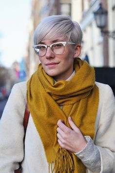 I like this color on scarves. (weird site: http://fyandrogyny.tumblr.com/post/15147533162)