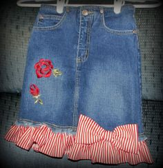 Items similar to Girls SZ 7 Upcycled Denim Jean Skirt Ruffles Bows Roses on Etsy Old Jeans, Denim Jeans, Denim Aprons, Craft Projects, Sewing Projects, Denim Skirts, Denim Outfit, Jean Skirt, Refashion