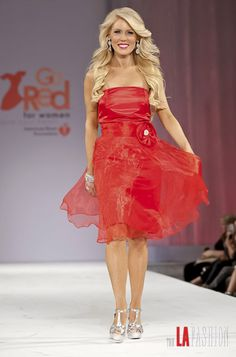 Go Red For Women - Celebrity Fashion Show #MimisGoesRed