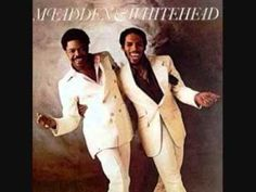 McFadden & Whitehead Ain't No Stopping Us Now (long Version).wmv