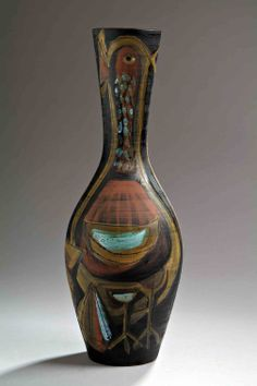 Jacques innocenti (1926-1958) important vase balustre en faïence, à décor de deux grands oiseaux, engobe vert sur fond noir, et rehauts d'ém...