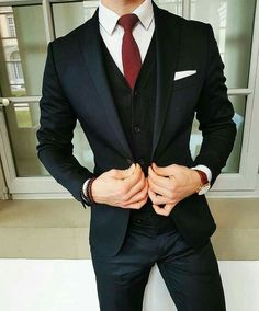 8 Ideas How to Combine Suits To Look Sharp and Chic Anytime - Femalinea - Men's style, accessories, mens fashion trends 2020 Terno Slim, Mode Man, Moda Formal, Mode Costume, Winter Suit, Mens Winter, Herren Outfit, Mens Fashion Suits, Men's Fashion