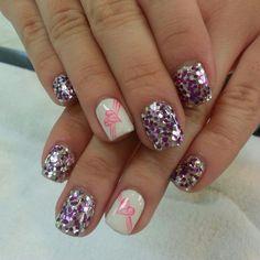 @Botanicnails   gel manicure with newest style glitter