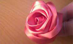 Flores feitas com fita de cetim | ARTESANATO NA REDE