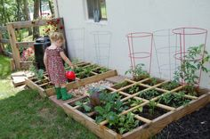 A child-friendly garden, a vegetable garden for children should not be missed Source by mamsatwork