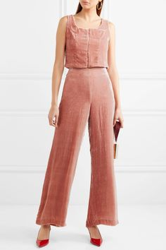 Net-a-Porter's 2017 Black Friday Sale Is Here - Rackedclockmenumore-arrownoyes : Designer shoes, bags, and clothing are up to 50 percent off.