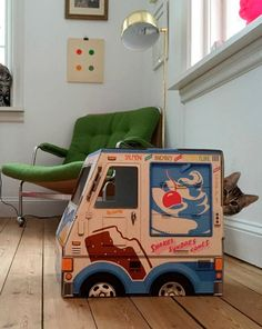 OTO Ice Cream Truck for Cats - Cat size - Gift idea for cat lovers - Why should kids have all the fun? OTO Ice Cream Truck is now available in cat size! The perfect gift for cat lovers. - $29.00