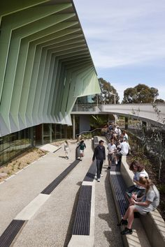 Knox+Innovation+Opportunity+and+Sustainability+Centre+/+Woods+Bagot