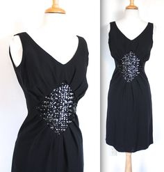 Vintage 1950s Dress // 50s Bombshell Black by TrueValueVintage