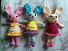 This bunny is about 15cm tall (not include the ears) but it depends on the yarn and number of hook you use.