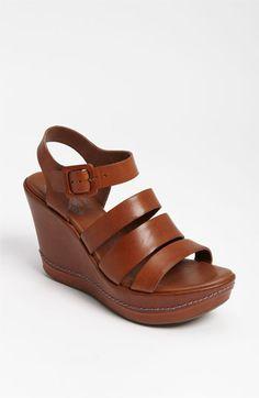 LISA: Mature foot shoe fetish weejuns