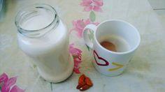 Depois de meses só tomando café preto de volta ao café com leite... <3 #govegan