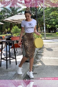 first date outfit Cute Casual Outfits, Simple Outfits, Stylish Outfits, Look Casual, Casual Skirts, Mode Outfits, Fashion Outfits, Office Outfits, Modest Fashion