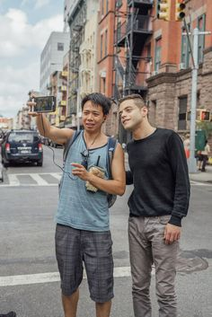 Rami Malek's photoshoot with photographer Cait Oppermann for Rami Malek's interview with Alison Wilmore for Buzzfeed News///Posing with Fan #MrRobot #RamiMalek #BuzzfeedNews #CaitOppermann #Interview #FashionEditorial #NY #Stylish #Gorgeous #Dreamy #Hot www.buzzfeed.com/alisonwillmore/the-hacker-heartthrob-from-mr-robot#.dvZ6rJw6w