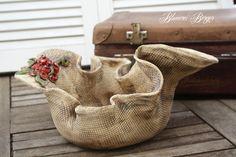 Maße: 35*24*17 cm. Handgetöpferte Schale Die Schale wird ohne die Pflanze geliefert, das ist ein Dekorationsbeispiel.