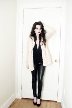 Pumps, leather leggings, blouse and fake fur coat.