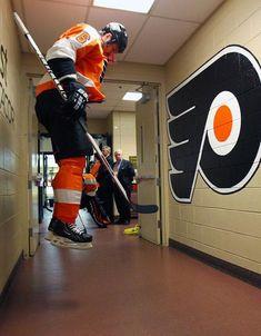 Sight Unseen II: More photos from - Philadelphia Flyers - News Flyers Hockey, Ice Hockey Teams, Hockey Players, Kings Hockey, Hockey Girls, Hockey Mom, Hockey Stanley Cup, Maple Leafs Hockey, Amigurumi