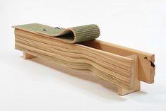 Le Salon Art + Design a New York : Dodo, Hiba & Igusa, Peter Marigold, 2012 (Sarah Myerscough Gallery) Life Design, Art Design, Wood Design, Bespoke Furniture, Cool Furniture, Furniture Design, Japanese Furniture, Salon Art, Galleries In London
