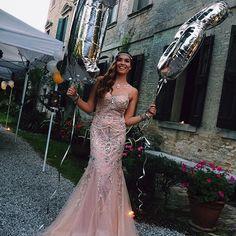 18th birthday party ideas. #1920s 1920s party. #greatgatsby #roaringtwenties roaring twenties party. 18 ballons long dress pink luxury #diamondsdress #longdress #sparkledress #partydress #princessdress #gorgeous
