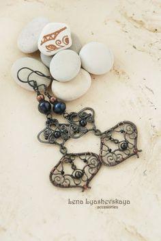"Earrings ""ANTIQUES"" Pearls, tourmaline, Czech glass beads, copper"