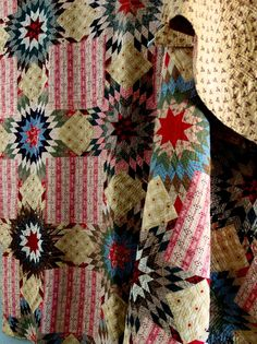 BEAUTIFUL Antique Handmade Lae 1800s PRARIE STAR BOUQUET Quilt.
