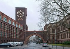 Peter Behrens / Technical Administration Building of Hoechst AG, Höchst am Main, Germany, It is also referred to as the Peter Behrens Building (Peter-Behrens-Bau). German Architecture, Brick Architecture, Industrial Architecture, Architecture Details, Hans Poelzig, Peter Behrens, Modernist Movement, Piedmont Italy, Walter Gropius