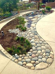 Lots of Decorative and Landscaping Ideas to Beautify Your Home!  #landscaping #backyard #frontyard
